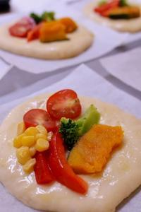 夏野菜でフォカッチャとかぼちゃブレッド - 水戸市(茨城)のパン教室 Fika(フィーカ)  ~日々粉好日~