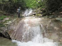 奥秩父花崗岩の美渓ナメラ沢で水遊びStream Climbing in Namerasawa, Chichibu-Tama-Kai NP - やっぱり自然が好き