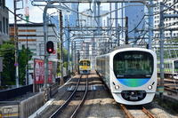 西武30000系 高田馬場駅にて - 東京鉄道写真局