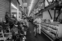 杭瀬市場 (1) - tonbeiのはいかい写真日記