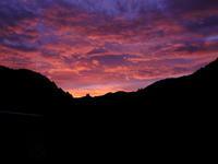 朝の紅と昼の朱 - 風の吹くまま