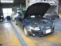 AUDI A4 エンジンオイル漏れ整備 - 掛川・中央自動車