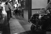 大阪駅界隈#8 - 父ちゃん坊やの普通の写真その3