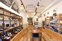 FANS.のオンラインクリーニングサービス - Shoe Care & Shoe Order 「FANS.浅草本店」M.Mowbray Shop