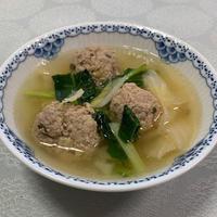今日は、「断ちごはん」に挑戦。肉団子と白菜の煮込み - おひとりさまの「夕ごはん」