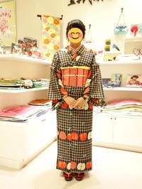 浴衣レンタル*アップルチェック黒*お客様ご紹介 - 豆千代モダン 新宿店 Blog