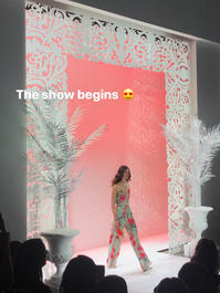 ニューヨークファッションウィークランウェイより - NY人生一瞬先はバラ色