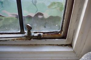 窓を全とっかえ!二重窓にしました - ロンドン 2人暮らし