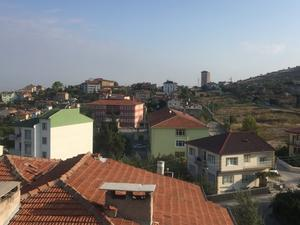 窓から確認 - トルコ子育て生活