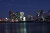 大阪の黄昏は悲しい色に見えます - スポック艦長のPhoto Diary
