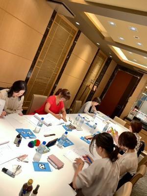 私達の幸せな仕事 - 篠田恵美 ブログ 宝石に願いを