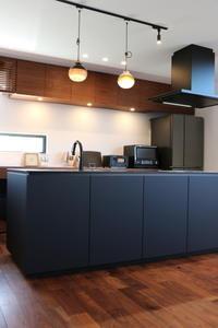 さらにキッチンをカッコよく見せる方法 - HEART HOUSE