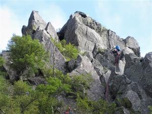 北八ヶ岳 稲子岳の古典ルートを登る 南壁左カンテルート     Rock Climbing in Mount Inago, Northern Yatsugatake Mountains - やっぱり自然が好き