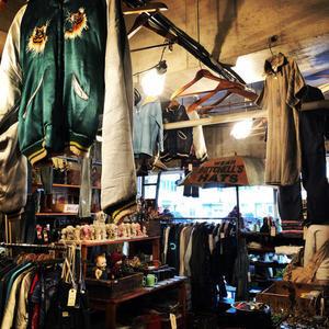 本日も通常営業です + - DELIGHT CLOTHING&SUPPLY