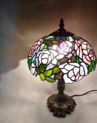 薔薇のランプ - atelier GLADYS  ステンドグラス工房 作り手の日々