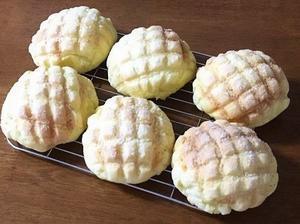 発酵バター香るメロンパンとウチカフェアイスの和梨 - la la la kitchen 2 ♪