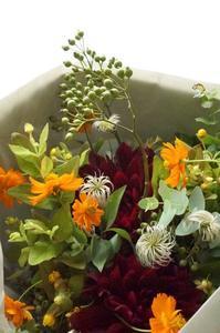 京の都から春の心と秋のブーケ♪ - お花に囲まれて