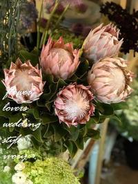 台風が過ぎて……… -  Flower and cafe 花空間 ivory (アイボリー)