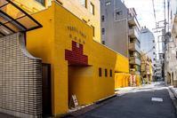 黄色い病院 - TW Photoblog