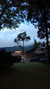 曇り - KAKI CABINETMAKER