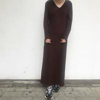 Vネック! - 「NoT kyomachi」はレディース専門のアメリカ古着の店です。アメリカで直接買い付けたvintage 古着やレギュラー古着、Antique、コーディネート等を紹介していきます。