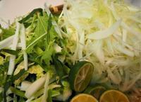 豚しゃぶは細切り野菜が美味し - sobu 2