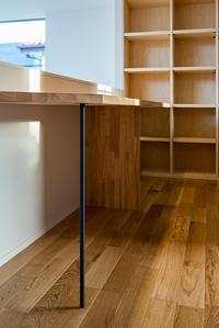 造作家具と室内窓 - atelier kukka architects