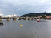 『ブルタバ』寄稿文の参考文献(3)カレル橋への落書きをめぐる報道 - 本日の中・東欧