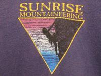 SUNRISE MOUNTAINEERINGのTシャツ - Questionable&MCCC