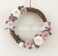 ローズいっぱいのフラワーリースと残りの人生 - Sweets Studio Floretta* Flower Cake & Sweets Class@SHIGA