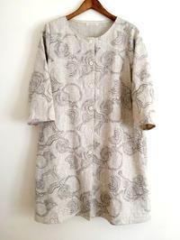 刺繍の入ったリネン生地のAラインコートワンピース - cous cous NEW ARRIVAL