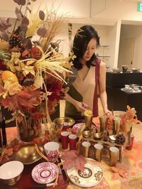ハロウィンディスプレイ(アリタポーセリンラボ天神岩田屋) - Table & Styling blog
