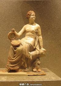エレトリアのアフロディーテー小像(置物) - 日刊ギリシャ檸檬の森 古代都市を行くタイムトラベラー