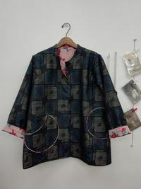 着物リメイク・大島紬と銘仙のリバーシブルショートコート - warmheart*洋服のサイズ直し・リフォーム*