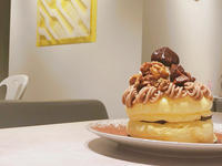 スフレパンケーキ専門店「FLIPPER'S」新商品は「奇跡のパンケーキ モンブラン」。マロンを主役にした限定メニューとして登場! - 笑顔引き出すスイーツ探究