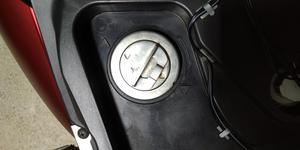 タンクキャップ交換、ブレーキパッド交換 - トリシティ125っていうバイク(?)で徒然と
