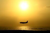 夕日と絡める - 南の島の飛行機日記
