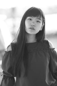 三浦彩楓ちゃん35 - モノクロポートレート写真館