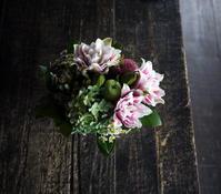 お供えのアレンジメント。2019/10/12。 - 札幌 花屋 meLL flowers