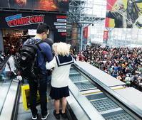 コミコン行くのに「日本の学校の制服を着ていこう」 - ニューヨークの遊び方