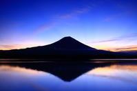 令和元年10月の富士(11)田貫湖朝焼けの富士 - 富士への散歩道 ~撮影記~