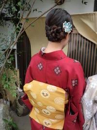 お太鼓結びの帯とヘアアレンジと。 - 京都嵐山 着物レンタル「遊月」・・・徒然日記