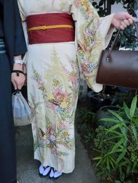 昭和のレトロなお着物とハンドバッグ。 - 京都嵐山 着物レンタル「遊月」・・・徒然日記
