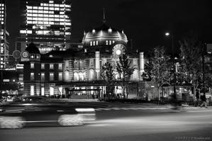 夜の東京駅 - 心のカメラ   more tomorrow than today ...