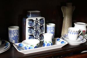 気分転換に食器棚の整理整頓をしました - フェルタート(R)・オフフープ(R)立体刺繍作家PieniSieniのブログ
