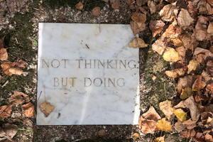 思うより動けと誘うか瞑想の森、Il Bosco della Ragnaia 3 - イタリア写真草子 Fotoblog da Perugia