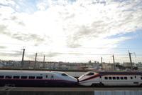 パノラマデッキで夕日を狙え!① - 新幹線の写真