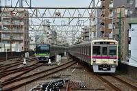 京王7000系笹塚駅にて - 東京鉄道写真局