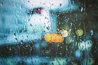 雨だれの車窓。 - ~風紋~徒然歳時記