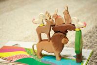 存在感のある木のおもちゃ、オストハイマーで自由な発想遊び - ナナイロノート
